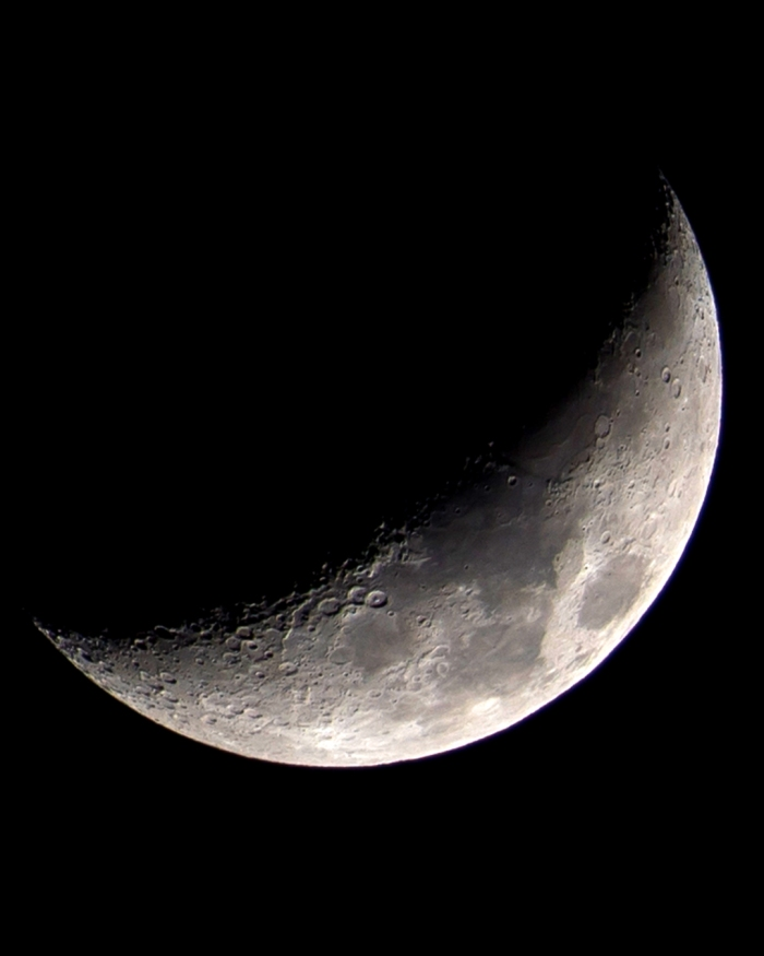 Moon 4.10-2 social